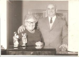 Bobe Rosa y Zeide Fabian